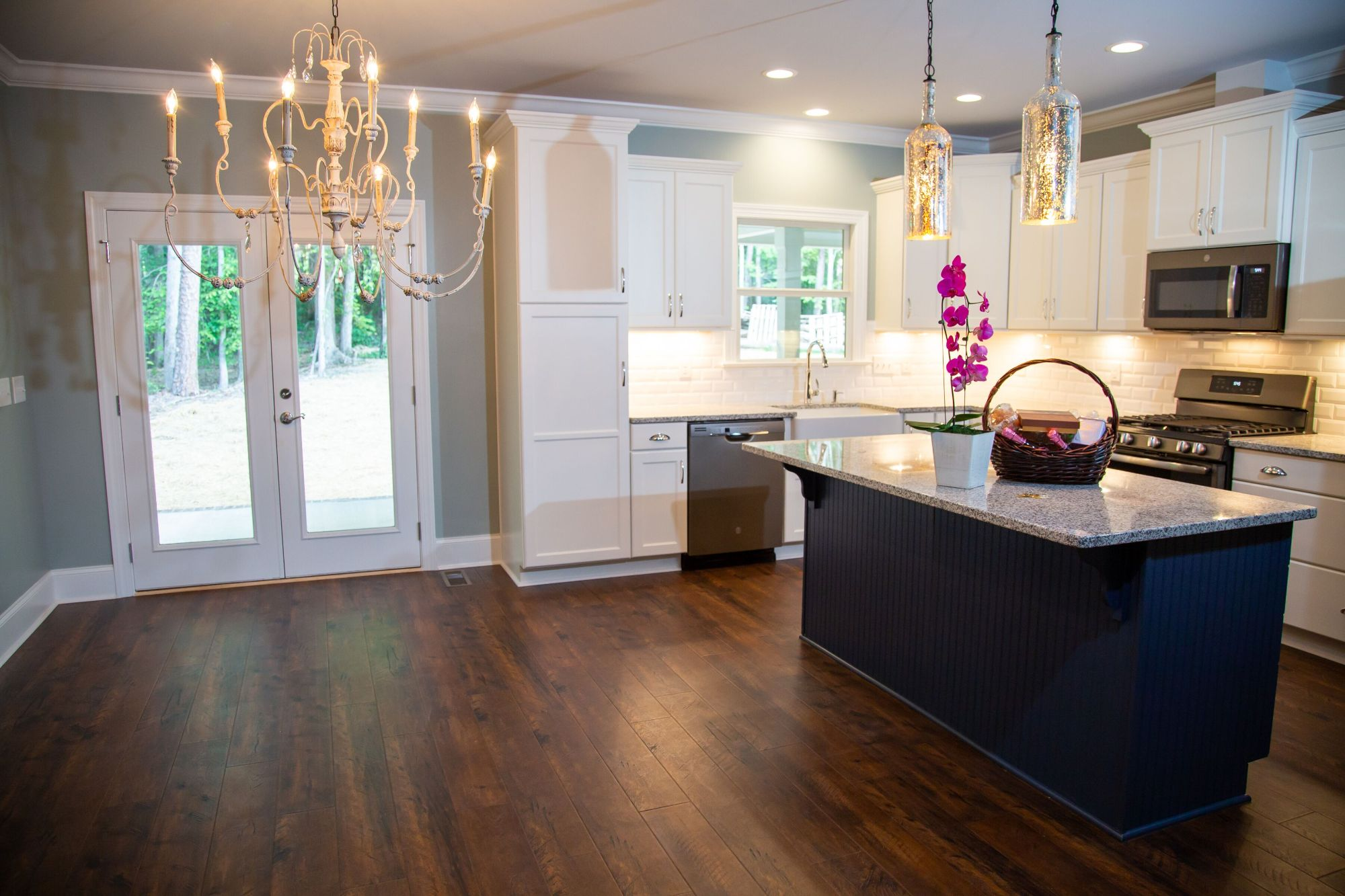 Custom Homes Construction Options and Features /static/media/3.36ac22f3.jpg